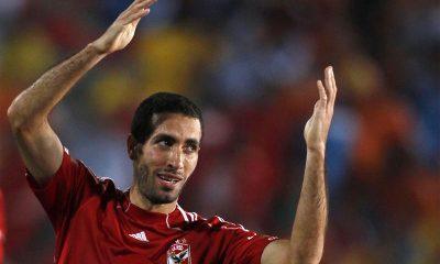 لاعب الأهلي والمنتخب المصري السابق محمد أبو تريكة - رويترز.