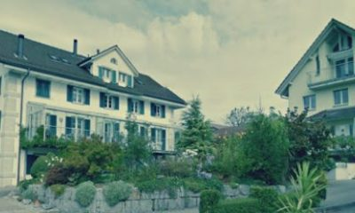 قرية أوبريول السويسرية.