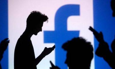 شعار موقع فيس بوك - رويترز